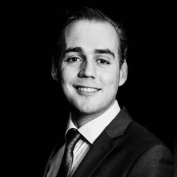 Rogier Operations manager
